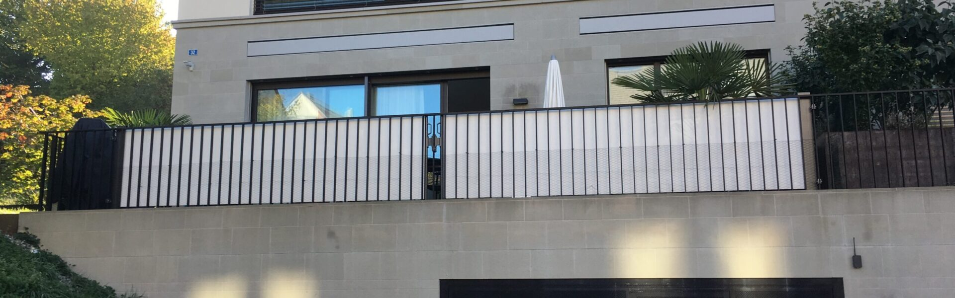 ombra Balkonschutz für Windschutz-Sichtschutz aufrollbar weiss