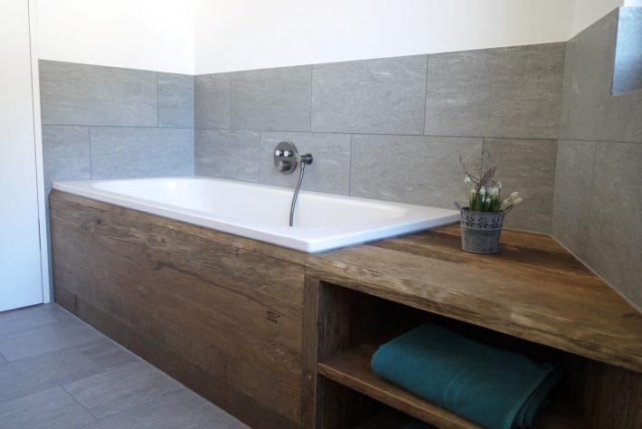 wieland-schreinerei-badewanne-altholz-stein-2