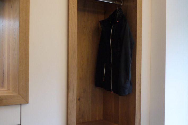 Garderobe nachher